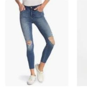 NWT STS Blue Ellie Ripped High Rise Ankle Jean